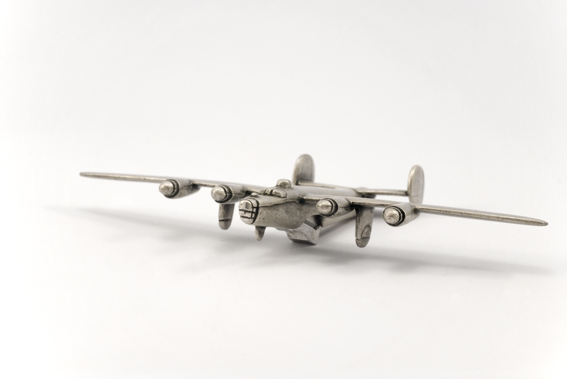 little-heavy-bomber-2-1308289-1919x1284