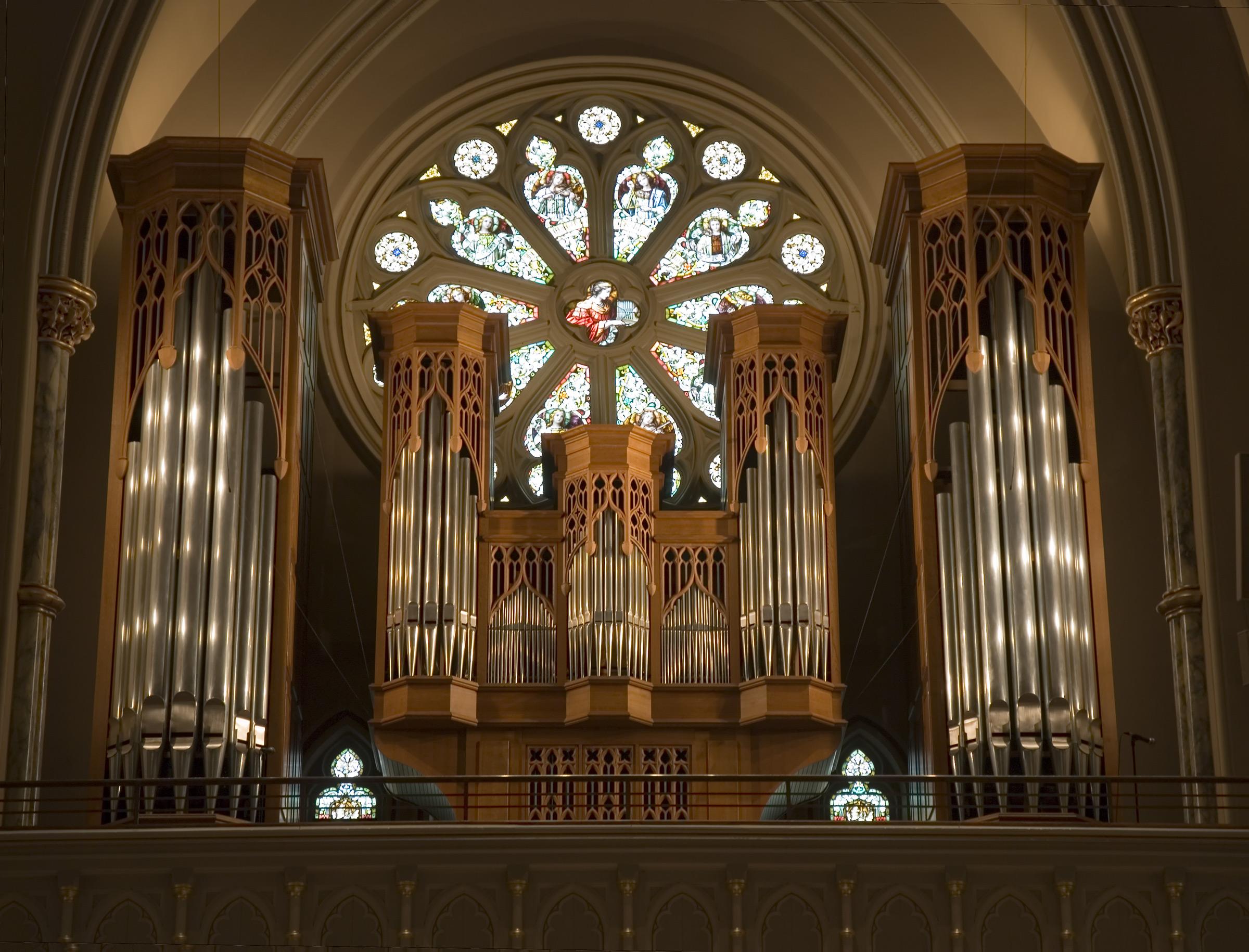 cathedral-organ-1419660