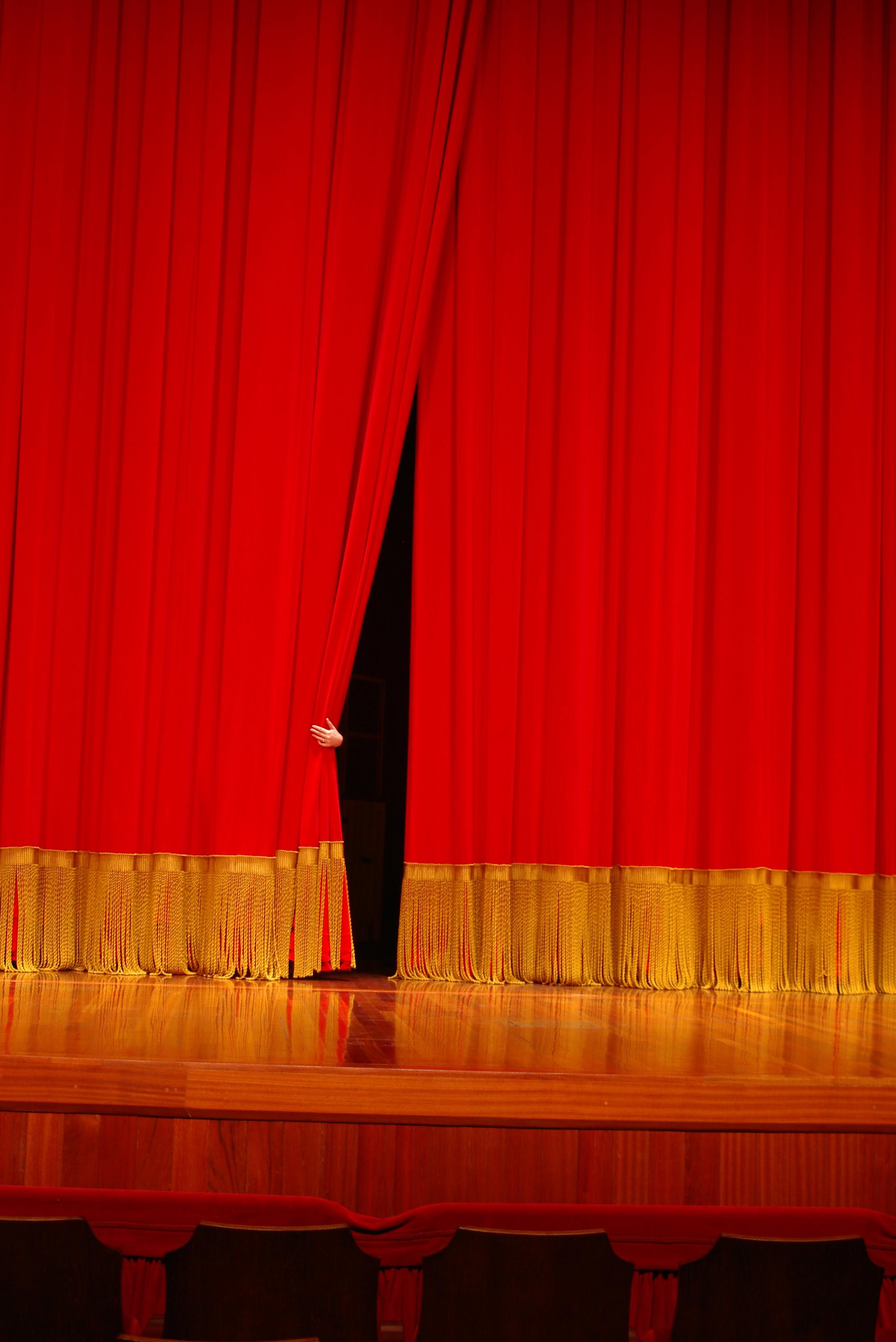 theater-3-1228167