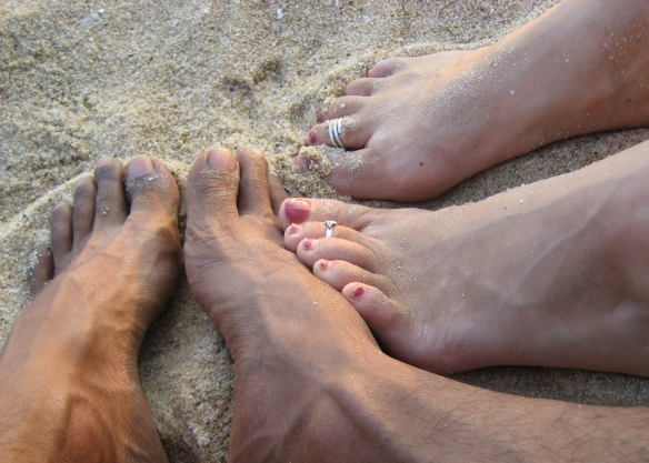 feet-in-the-sand-1310117