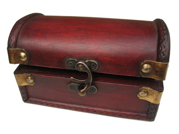 wooden-chest-1425600